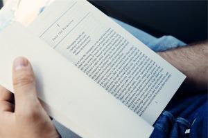 book-691489_1920
